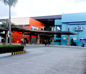 Blue Bay Walk Lease Commercial Space In Macapagal Pasay