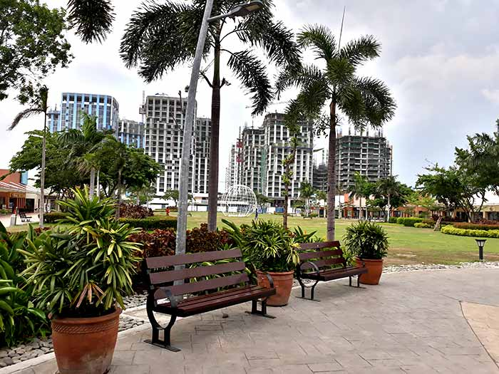 Pre-selling condominiums for sale near near Roxas Boulevard